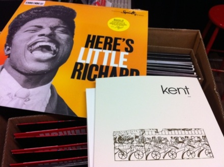 Kent - 999 vinyl singel Little Richard - LP
